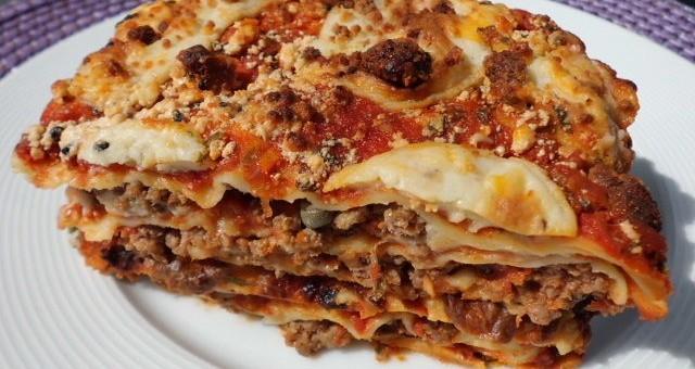 lasagne bolognese lecker wie in italien. Black Bedroom Furniture Sets. Home Design Ideas