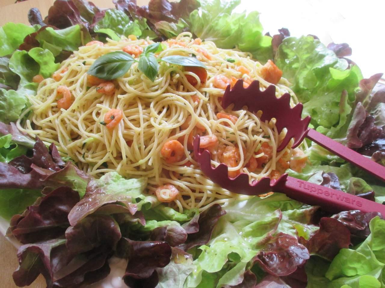 Spaghetti olio d'oliva gamberetti